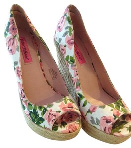 Betsey Johnson Multi colored flowers Wedges
