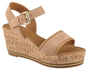 ALDO Sandals - Up to 90% off at Tradesy