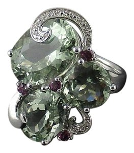 14.45ct Prasiolite and Garnet Sterling Silver
