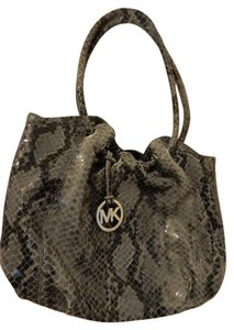 Michael Kors Like New Tassel Shoulder Bag