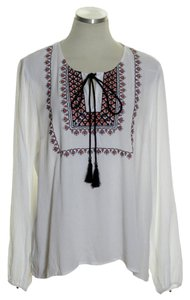 Daniel Rainn Crinkle Embroidered Tassel Top White