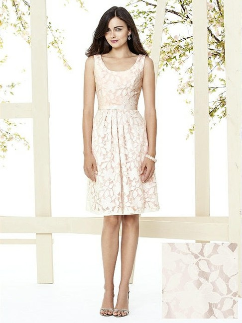 Item - Blush Pink with Ivory Lace Overlay 8155 Feminine Bridesmaid/Mob Dress Size 12 (L)