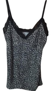 White House | Black Market Top Black and white leopard