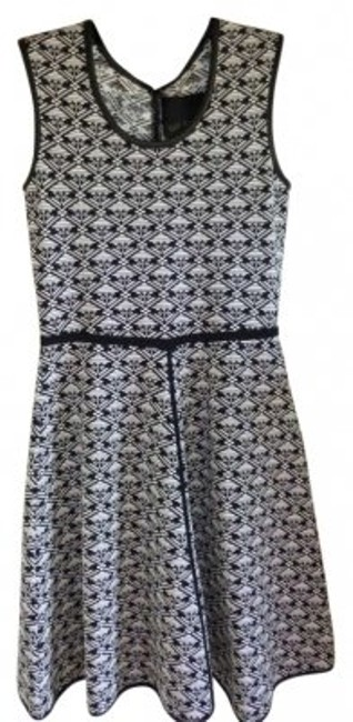 Item - Black and White Leather Printed Above Knee Short Casual Dress Size 8 (M)