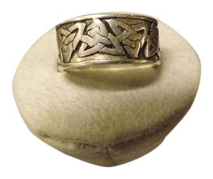 Celtic Ring Celtic Design Ring,Nice thick Band! Sterling Silver, Marked .925