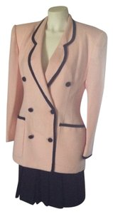 Stunning Pink/Black Suit Light Wool