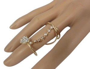 Other Women Long Twisted Fashion Ring Gold Metal Heart Rhinestones Knuckle