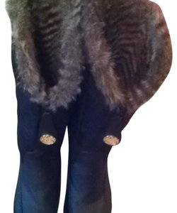 Juicy Couture Black with brown fur Boots