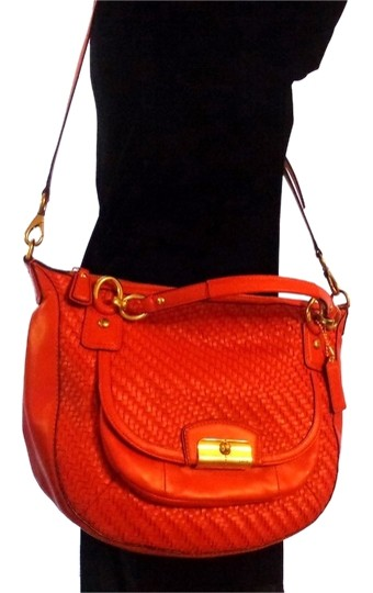 F23048 Shoulder Bag