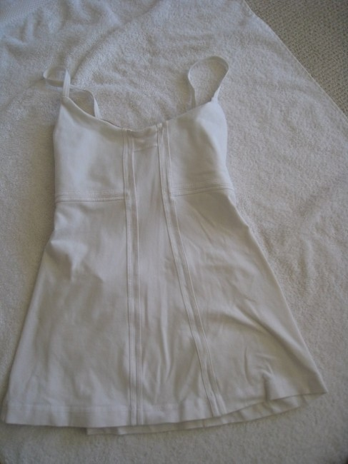 Item - White Athletic Activewear Top Size 8 (M, 29, 30)