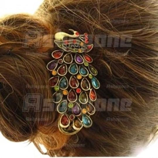 Preload https://img-static.tradesy.com/item/164176/retro-vintage-peacock-colorful-rhinestones-clip-hairpin-hair-accessory-0-0-540-540.jpg