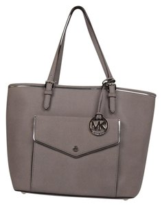 Michael Kors Classic Leather Tote in Gray