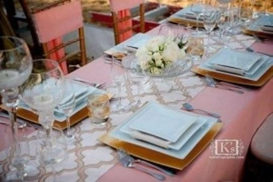 Preload https://img-static.tradesy.com/item/164234/blush-pink-crushed-taffeta-tablecloth-0-0-540-540.jpg
