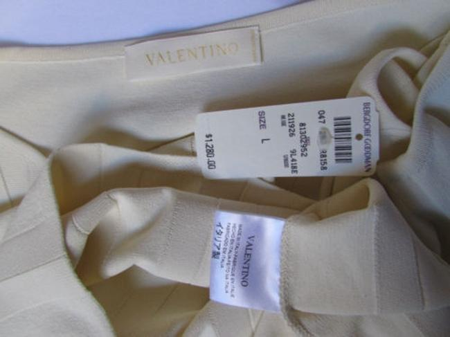 Valentino Women Basic Cream Off White Viscose Crew Neck Sleeveless Top Ivories Image 3