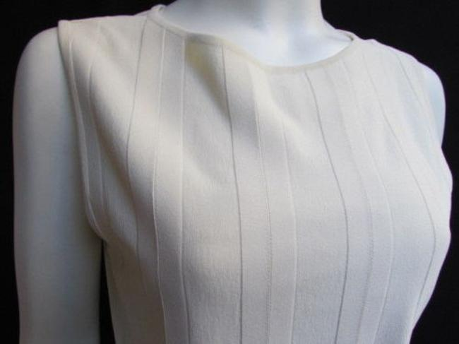 Valentino Women Basic Cream Off White Viscose Crew Neck Sleeveless Top Ivories Image 4