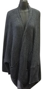 Ivan Grundahl Sweater