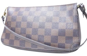 Louis Vuitton dark brown ebene Clutch