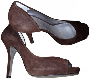 Jessica Simpson Party Shoes! brown suede Pumps