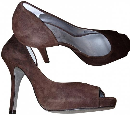 Jessica Simpson Party brown suede Pumps