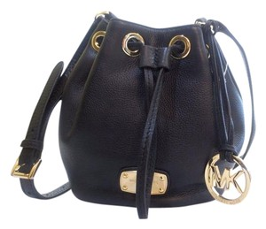 Michael Kors Jet Set Item Jet Set Travel Satchel Jule Drawstring Cross Body Bag