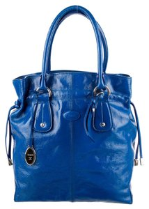 Tod's Patent Leather Tote in blue