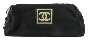 Chanel cc pouch