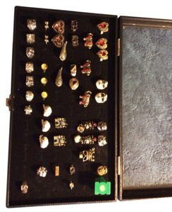 Lot Of 45x Rings With 9x15 Display Case Great For Shows