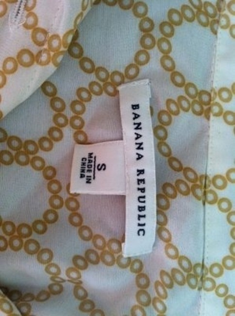Banana Republic Feminine Classic Printed Silk Top White with Gold