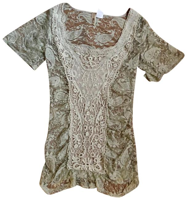 Item - Lace Paisley Tee Shirt Size 4 (S)