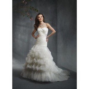 Alfred Angelo Style 2306jc Sweetheart Neckline Fit & Flair Wedding Dress