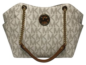 Michael Kors Jet Set Travel Chain Tote in Vanilla PVC