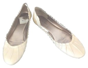 Nine West Leather Pleated Make An Offer cream Flats