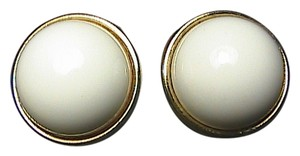 Vintage Sarah Coventry White Enamel Clip on Earrings