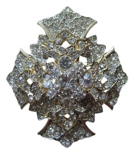 Kenneth Jay Lane Kenneth Jay Lane Brooch