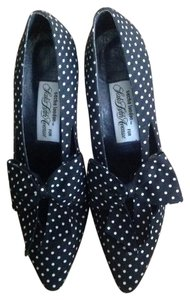 Saks Fifth Avenue & Polka Dot 8b Black and White Pumps