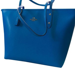 Coach Periwinkle Chanel Kors Tote in Blue