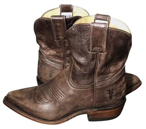 6fdb15e36e9 Frye Brown 77815 Billy Short Leather Cowgirl Western Cowboy Women's  Boots/Booties Size US 6.5 Regular (M, B) 30% off retail