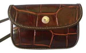 Dooney & Bourke Wristlet in Cognac