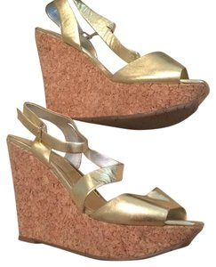Jessica Simpson Gold Metallic Wedges