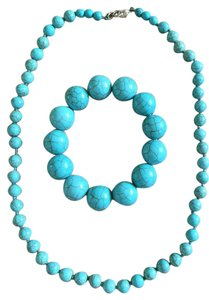 Costa Rican Natural Turquoise Gorgeous Bracelet Earring Necklace Set