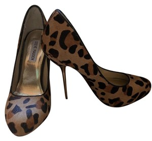 Steve Madden Leopard Leather Pony Leopard, Gold Pumps