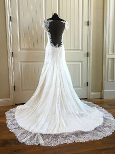 Augusta Jones Cream Lace Megan Feminine Wedding Dress Size 10 (M)