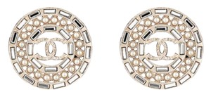 Chanel 2016 BRAND NEW #0027 Chanel Crystal Pearl Earrings. Wow! They're simply gorgeous!