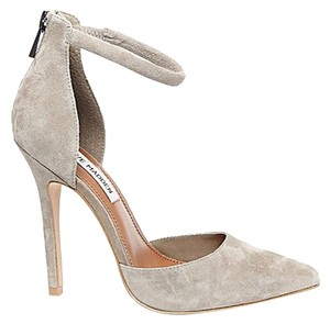 Steve Madden Gray Suede Pumps