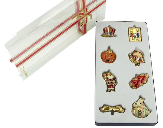 Tofa TOFA 8 Piece Holiday Charm and Pin Set. Image 0