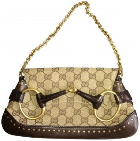 Preload https://item1.tradesy.com/images/gucci-classic-beige-with-dark-leather-trim-logo-canvas-and-chain-strap-clutch-164460-0-0.jpg?width=440&height=440