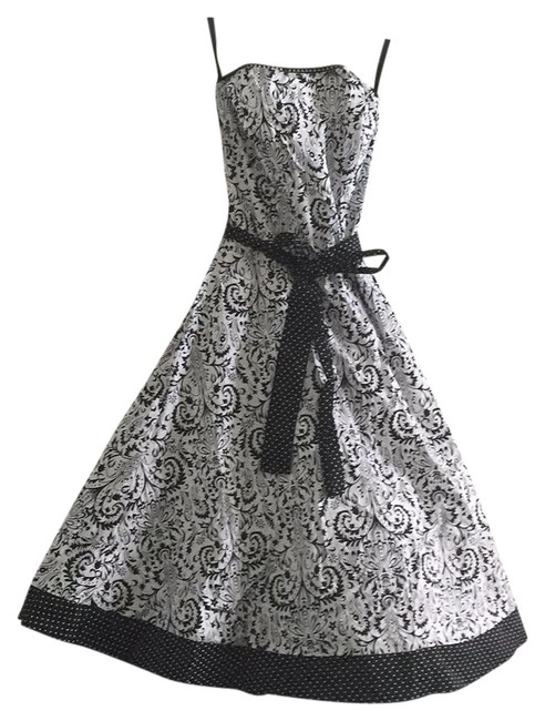 Preload https://img-static.tradesy.com/item/16446244/ruby-rox-black-and-white-strapless-tulle-short-casual-dress-size-4-s-0-1-650-650.jpg
