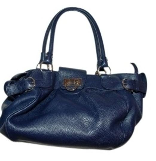 Preload https://item3.tradesy.com/images/salvatore-ferragamo-blue-purse-navy-leather-tote-16447-0-0.jpg?width=440&height=440