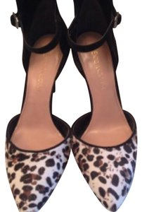 BCBGeneration Black and animal print Pumps