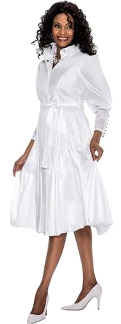 Preload https://img-static.tradesy.com/item/16447846/terramina-white-7551-face-framing-collar-ornate-sleeve-buttons-mid-length-night-out-dress-size-18-xl-0-3-650-650.jpg